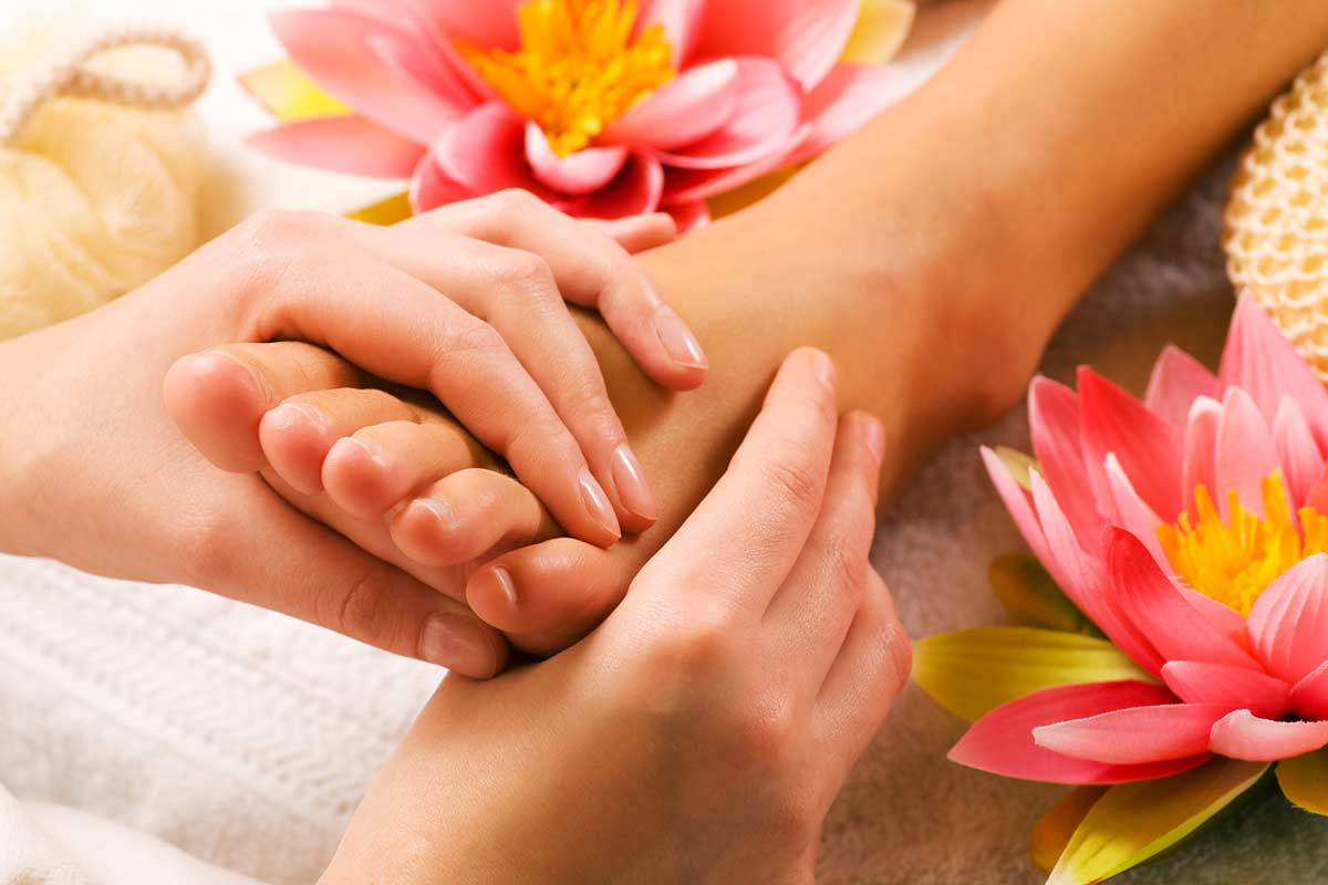 what sort of benefits can reflexology while pregnant